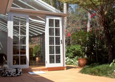 curved glass conservatory