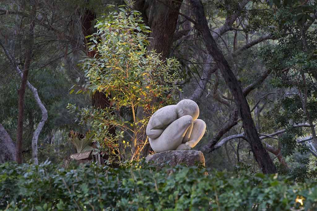 spicer-retreat-landscape-sculpture